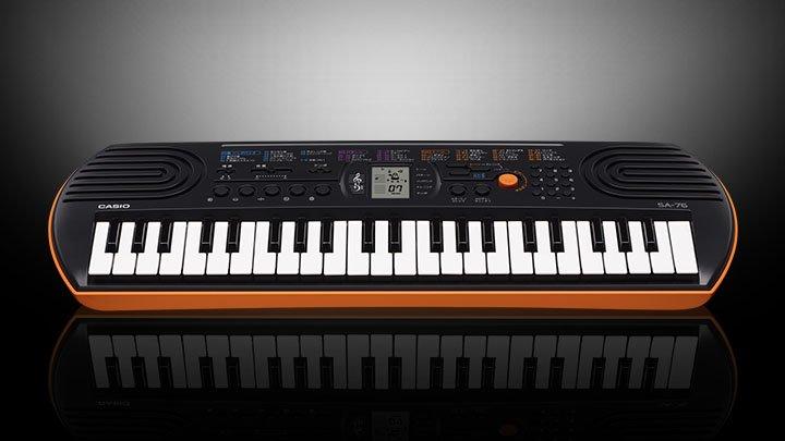 Casio SA-76 Mini-Portable Keyboard