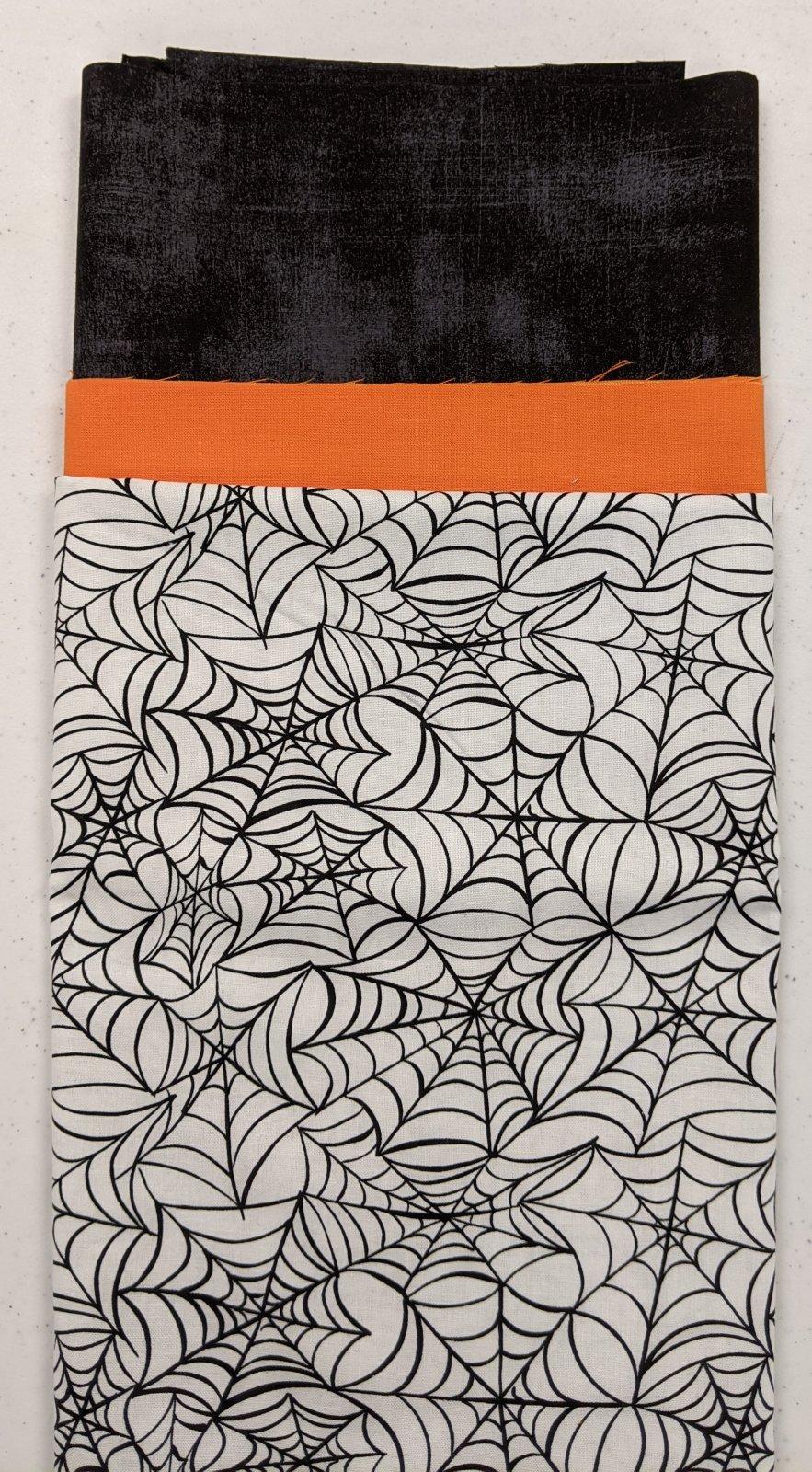 Hocus Pocus Pillowcase - P7 - Spiderweb