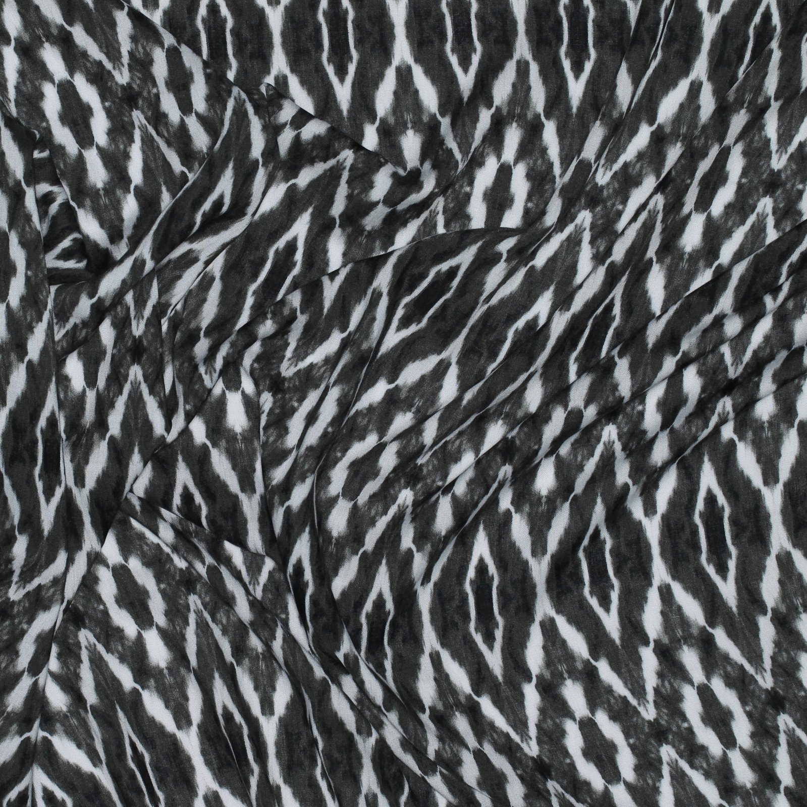Black & White Zig Zag Rayon