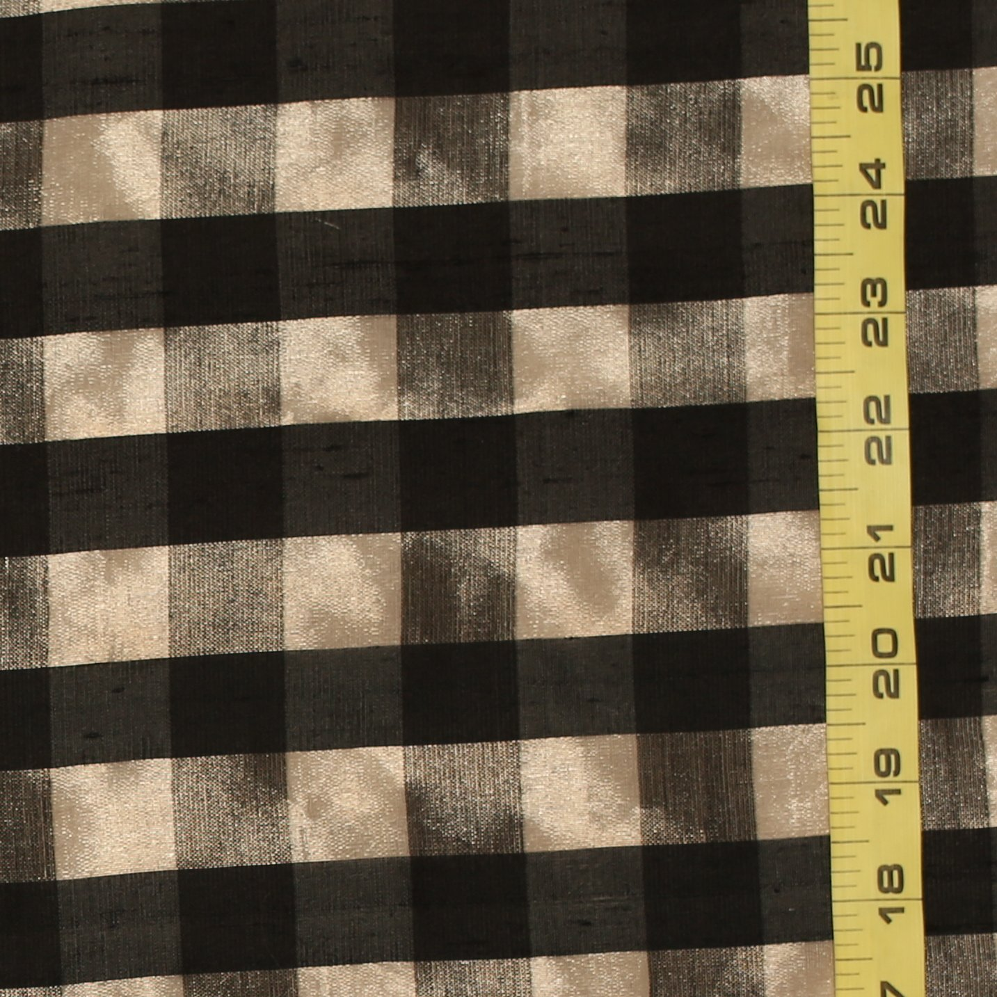 SUNO - Black/Metallic Silk Check