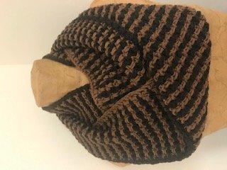 Hazelnut Cowl