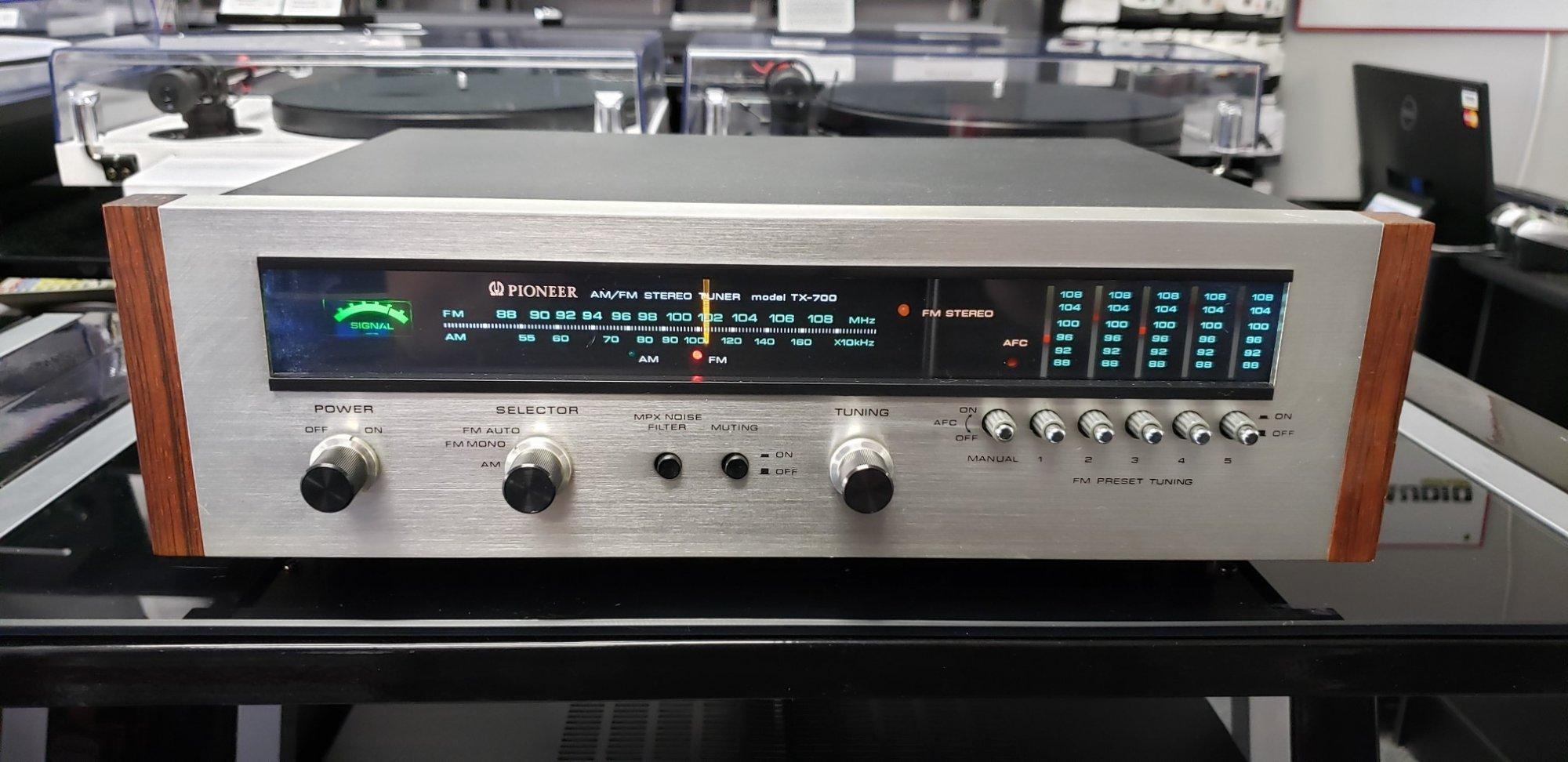 Pioneer TX-700