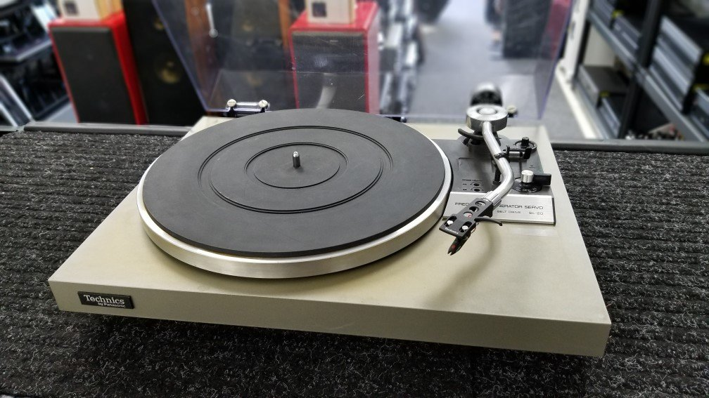 Technics SL-20 Belt Drive Turntable