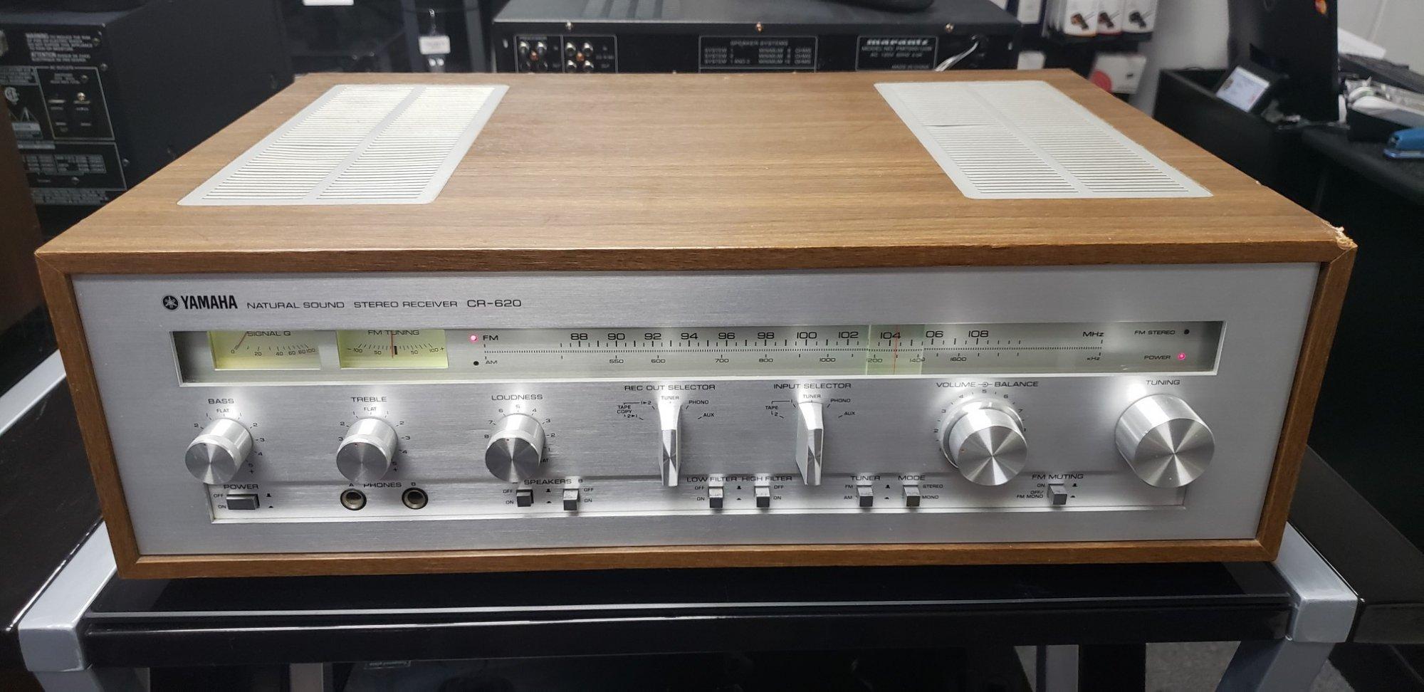 Yamaha CR-620 (35 W/Ch)