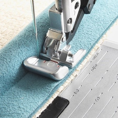 Grand Piping Foot with IDT PFAFF