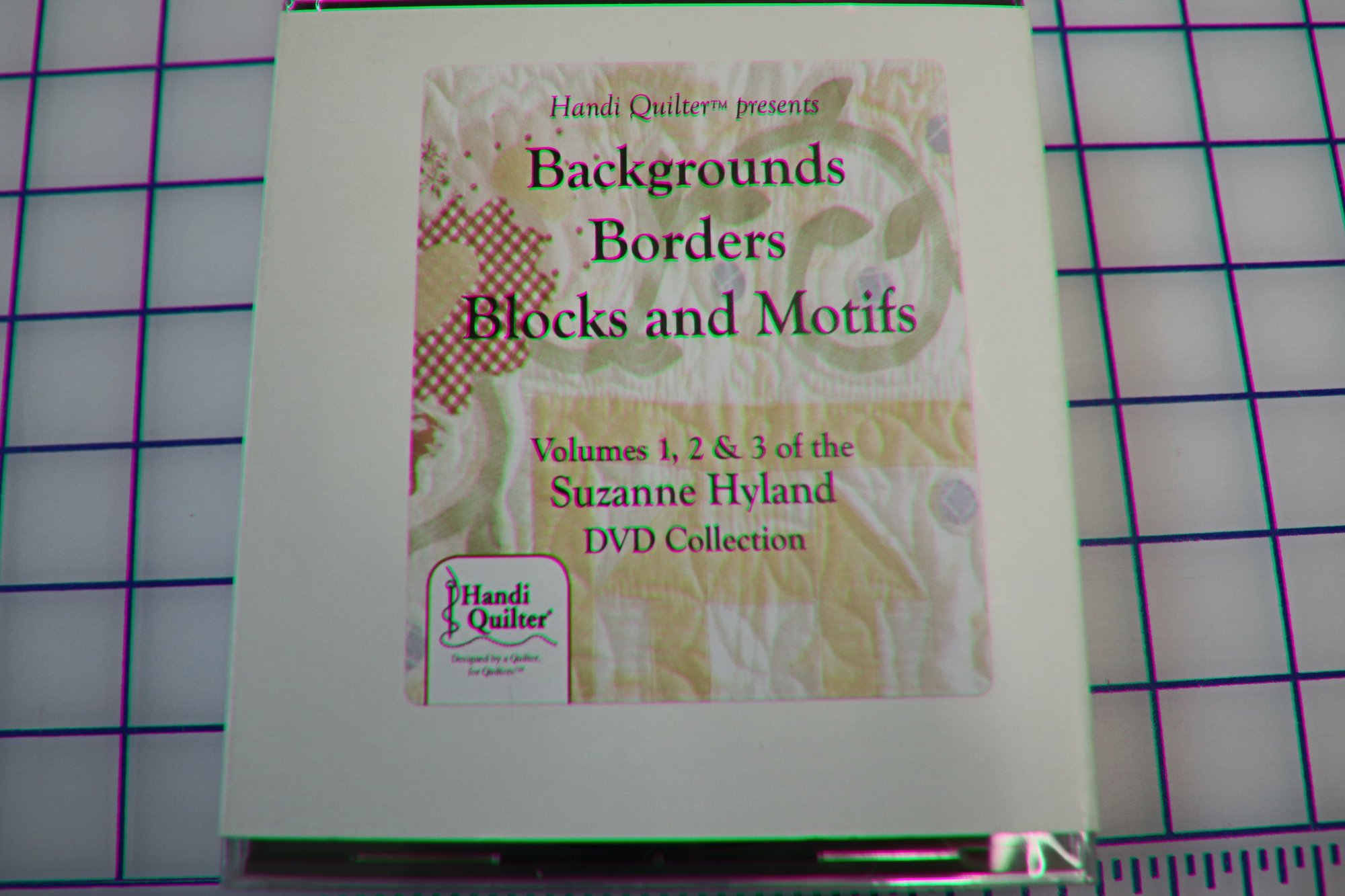 Handi Quilter Presents Background Borders Blocks and Motifs Volumse 1,2, & 3 Suzanne Hyland DVD Collection