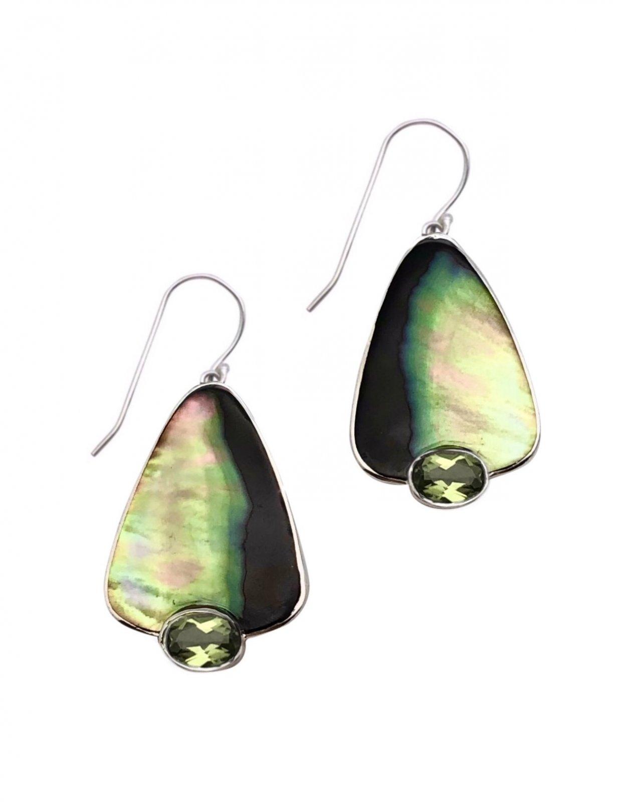 Ear > Peridot Oval cut stone on Black Lipped Pearl Oyster Dangle Earring
