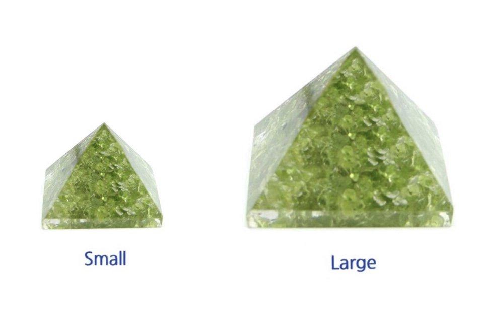 Rock > Peridot Nugget Chip Stones in Pyramid