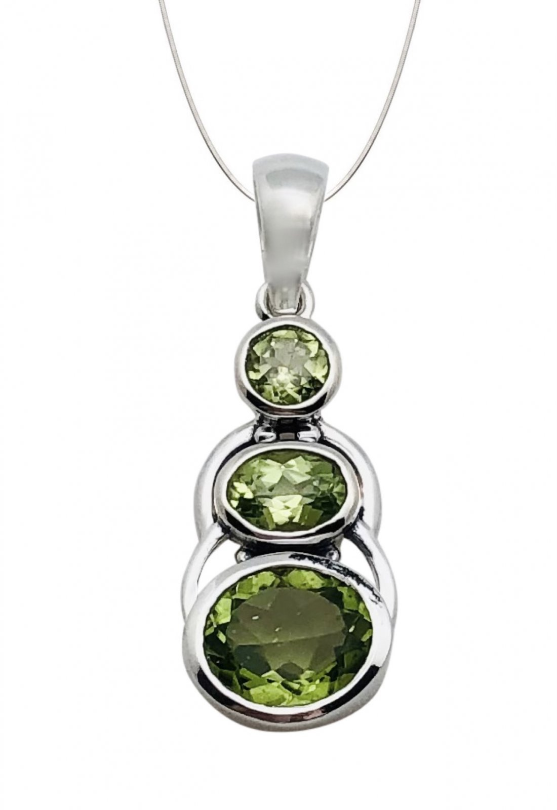 Peridot Oval Triple Stone Necklace (with Chain)