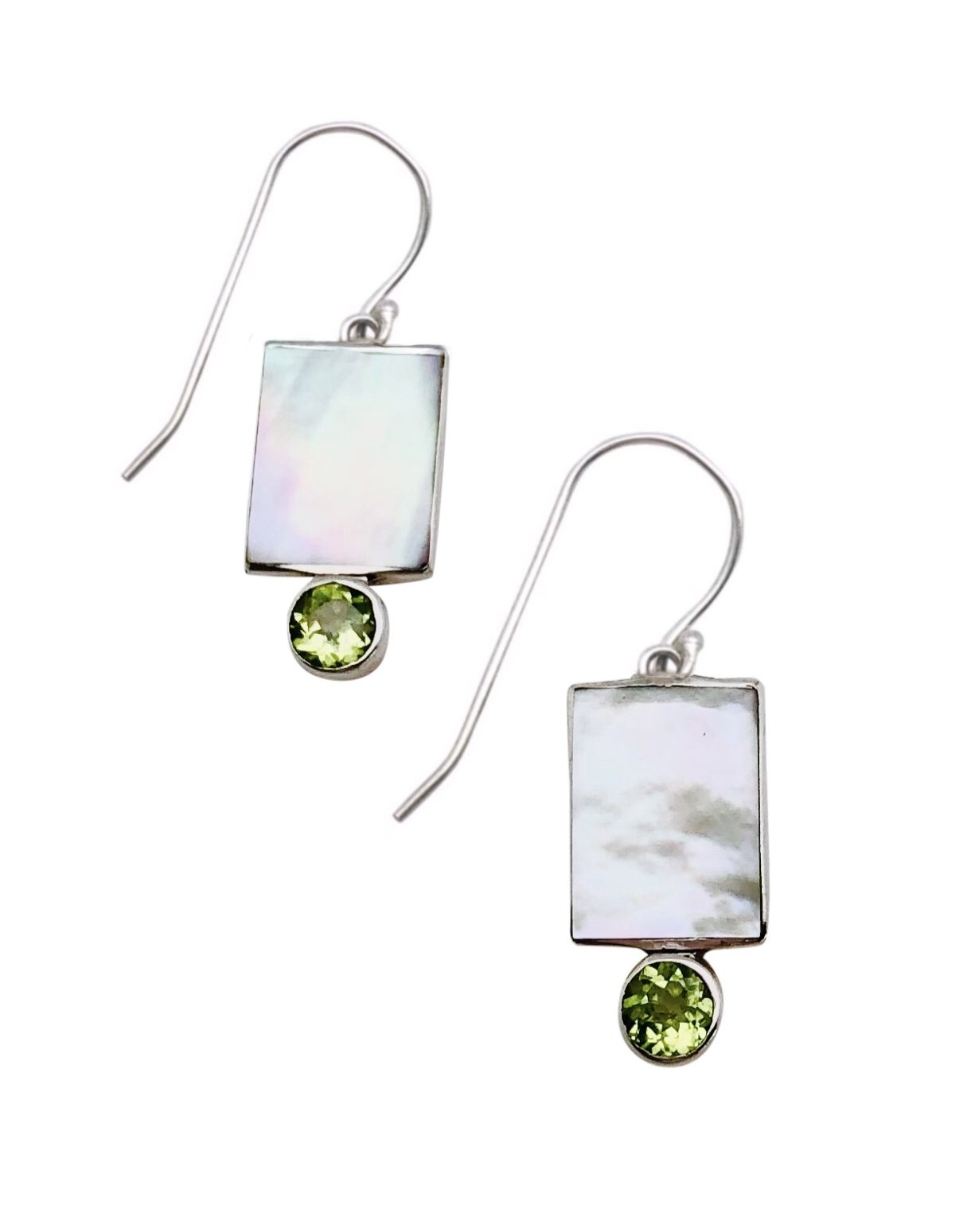 Ear > Peridot Round cut stone on Mother of Pearl Shell Dangle Earring