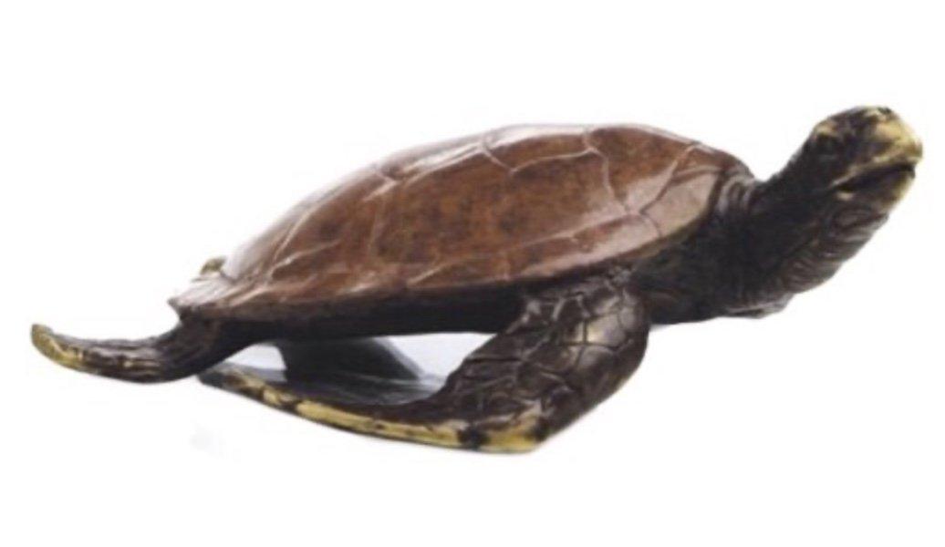 Statue > Turtle Swimming