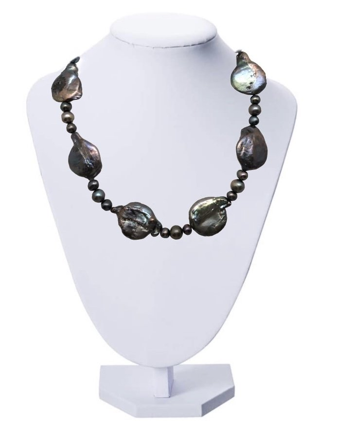 Pearl Coin Shape Black Necklace