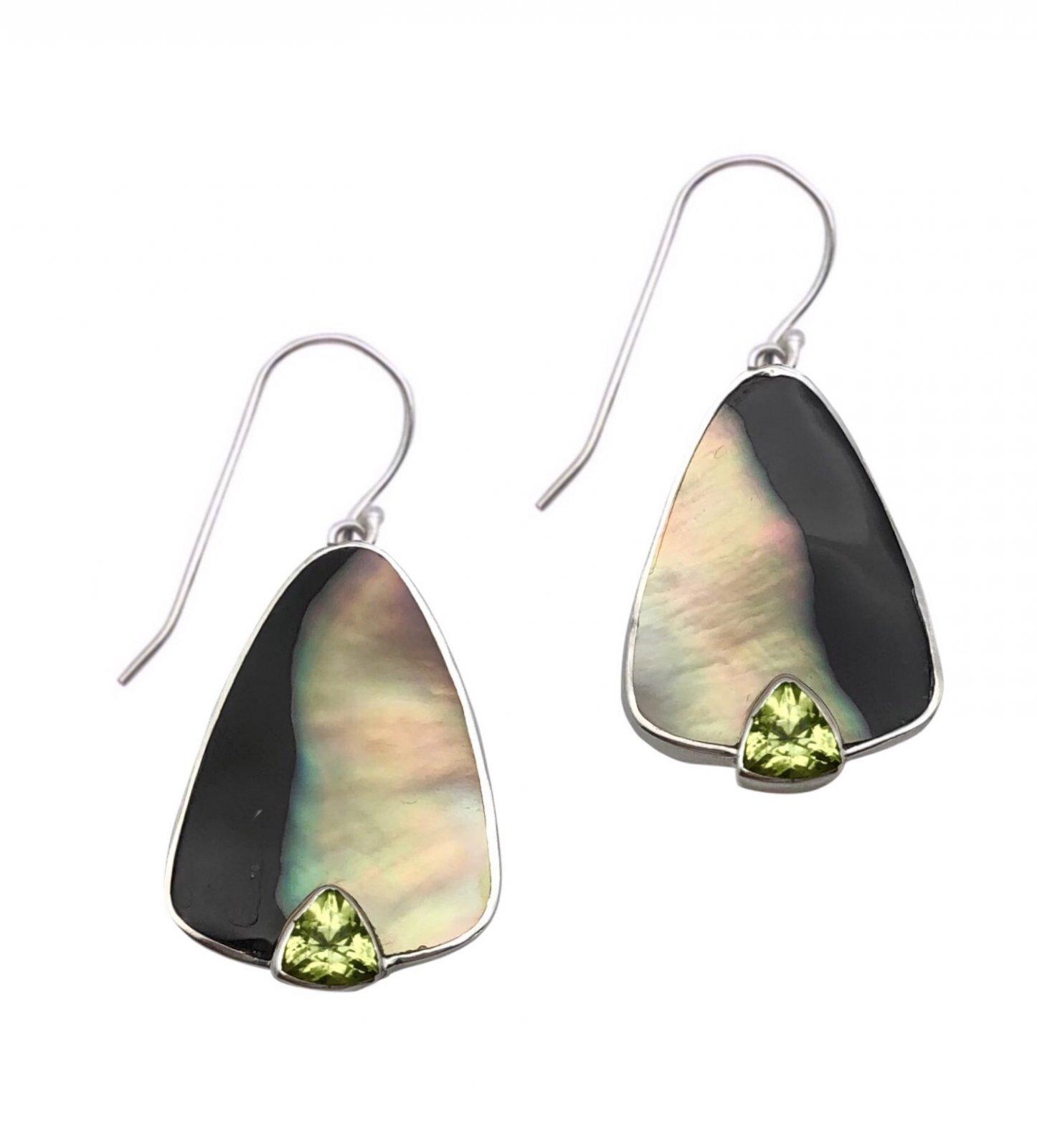 Ear > Peridot Trillion cut stone on Black Lipped Pearl Oyster Dangle Earring