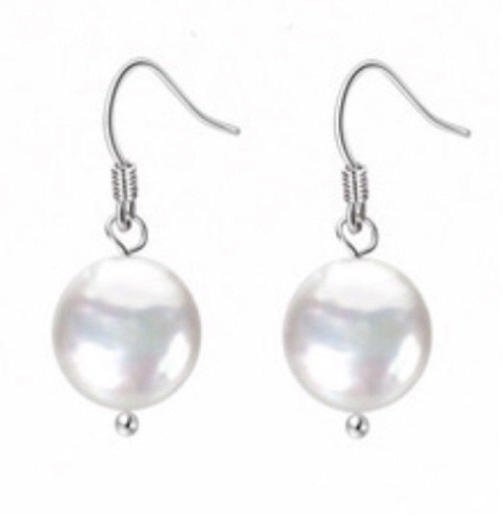Ear > Pearl Coin White Dangle Earring
