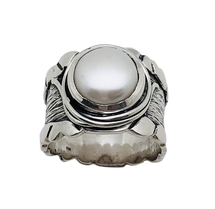 Pearl Scroll Wide Ring