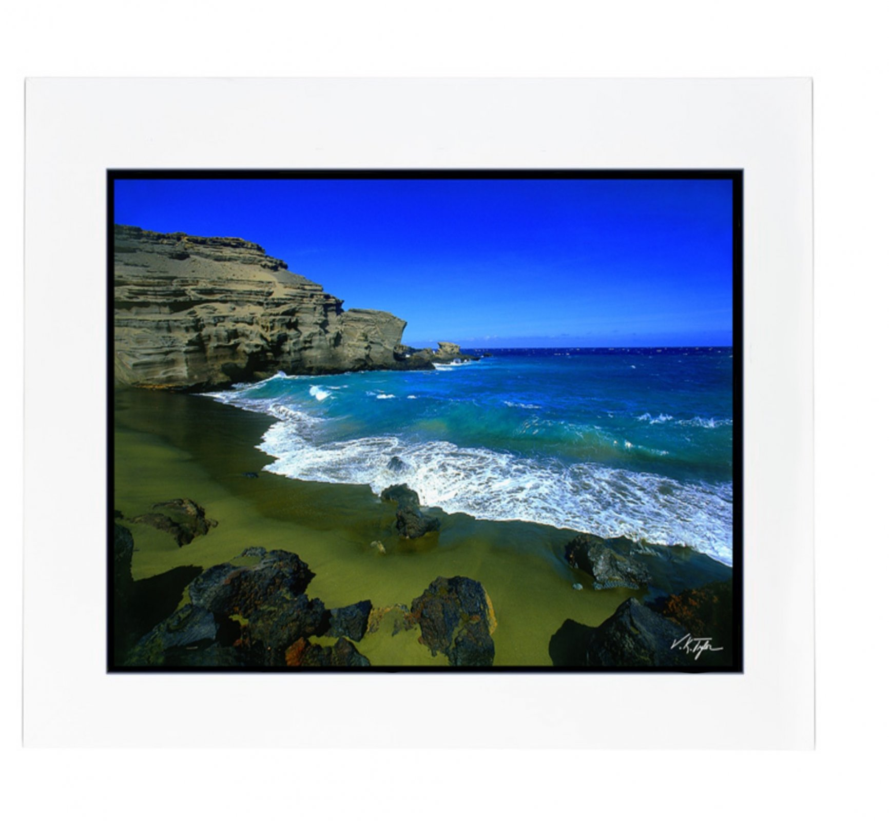 Photo > Green sand beach <p>(known as Papakōlea)