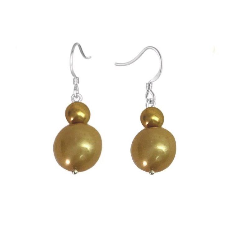 Pearl Golden tone Dangle Earring