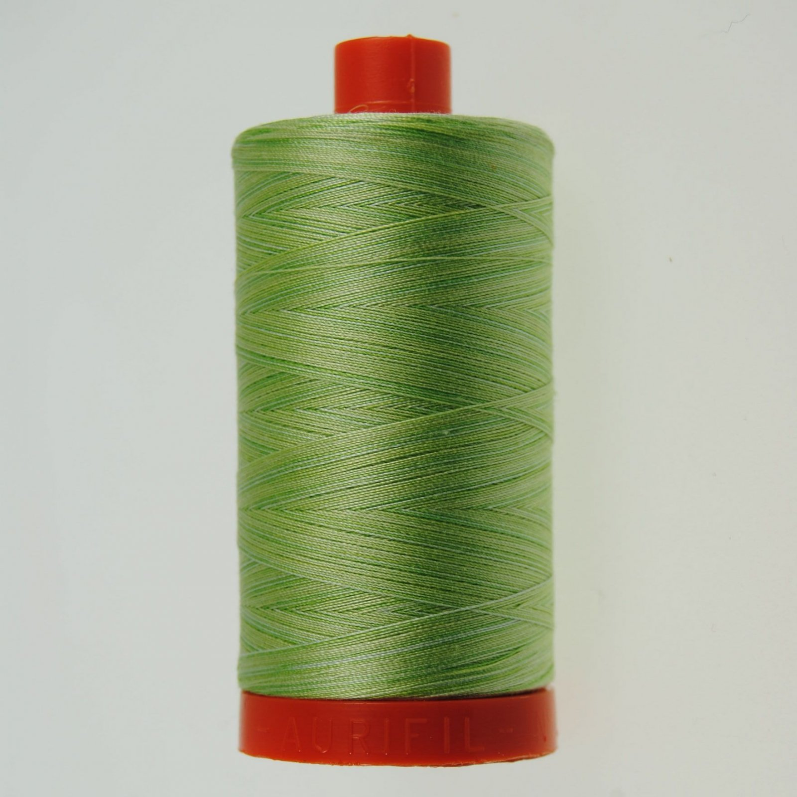 Aurifil Cotton Mako' 50 - 3320 - Ombre Greens