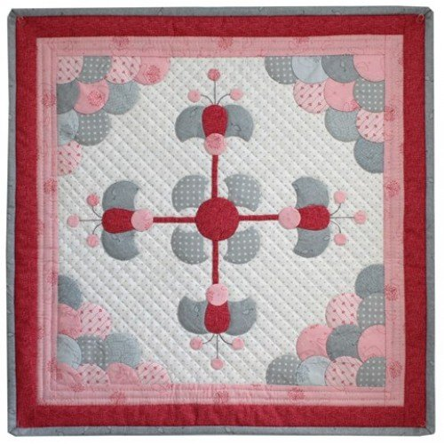 EPP Mini Quilt of the Month - Two Inch Clamshell