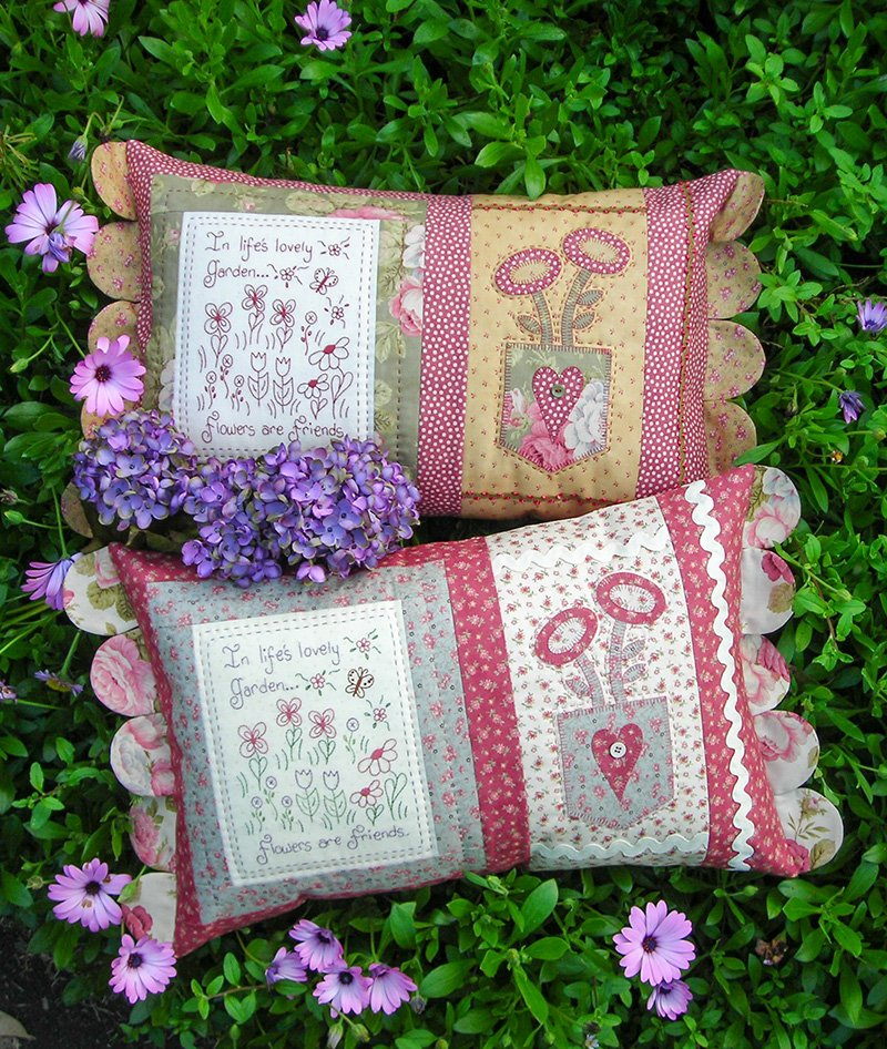 Flowers are Friends Cushion Pattern