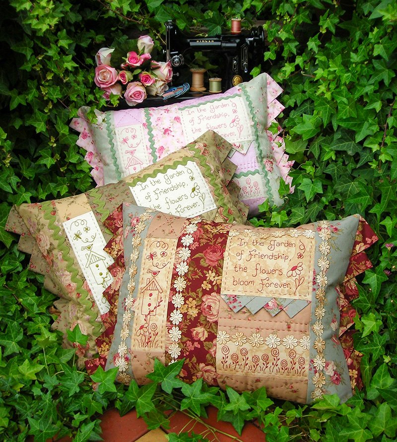 Garden of Friendship Cushion Pattern