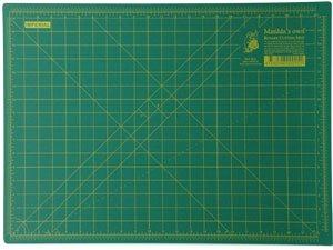 Matilda's Own Medium Cutting Mat 45x60cm/18x24in
