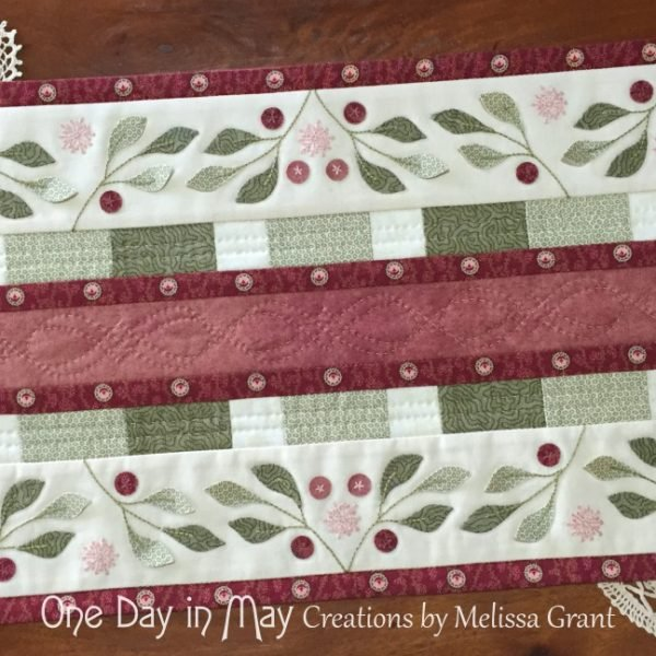Lilly Pilly Table Runner Pattern