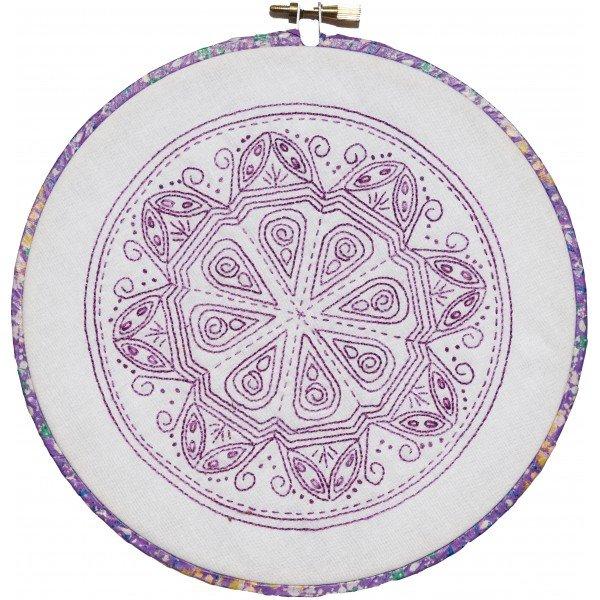 Nikki Tervo - Mandala B Pattern