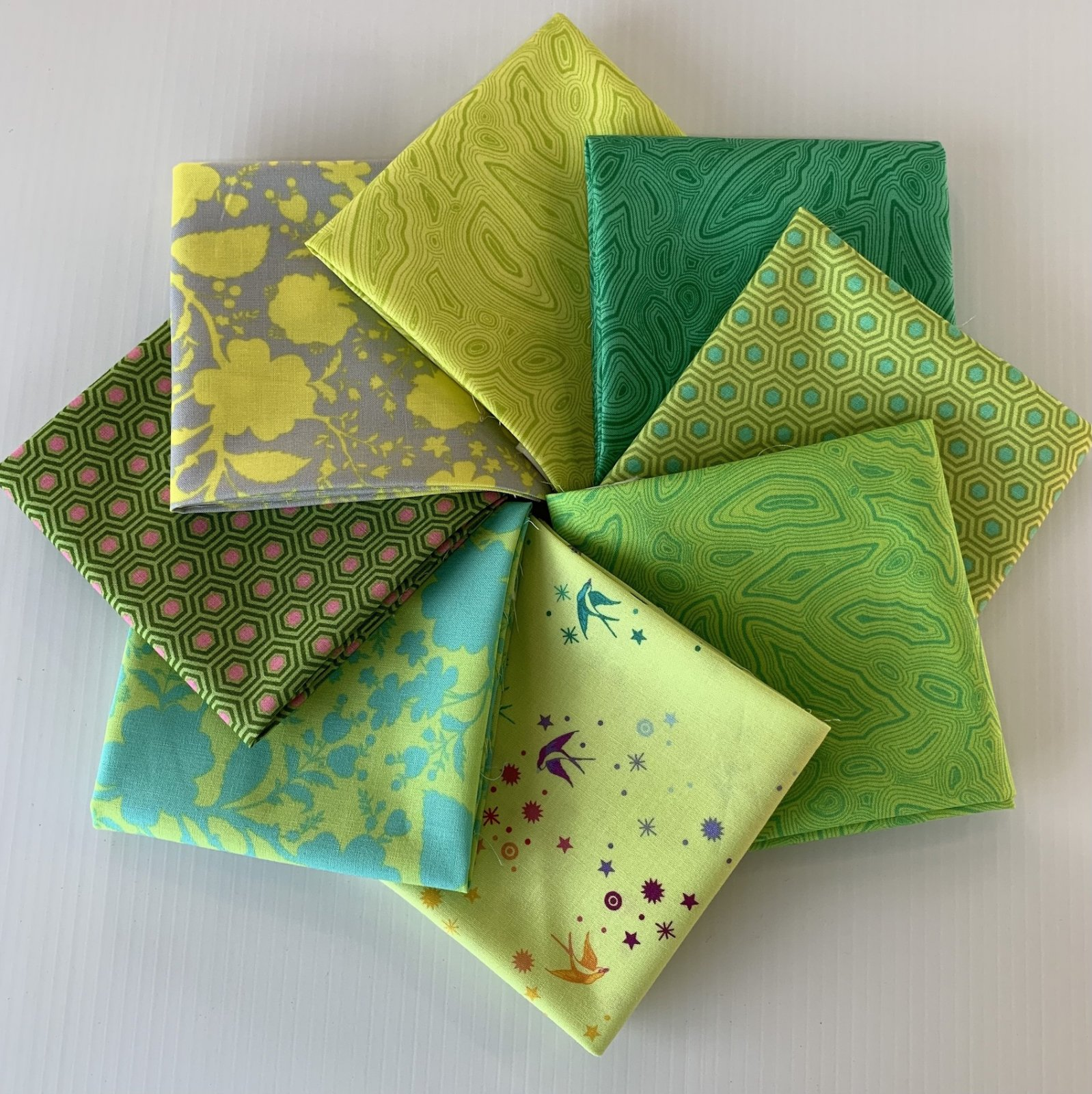 True Colors Fat Quarter Pack Green/Lime