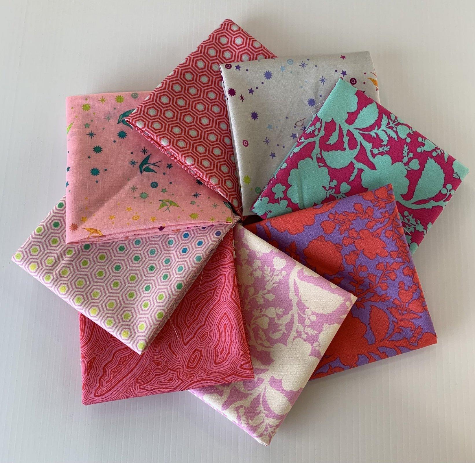 True Colors Fat Quarter Pack Pink