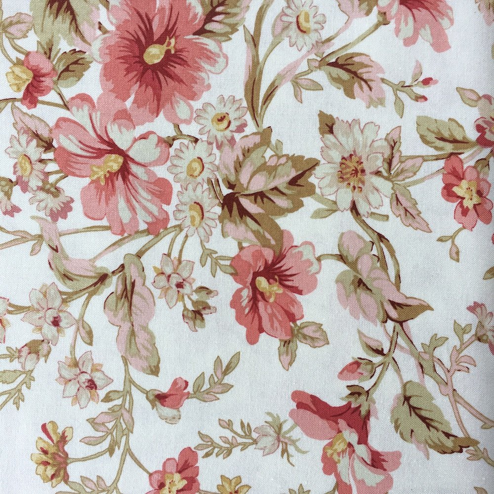 Shabby Chic - Large Blooms