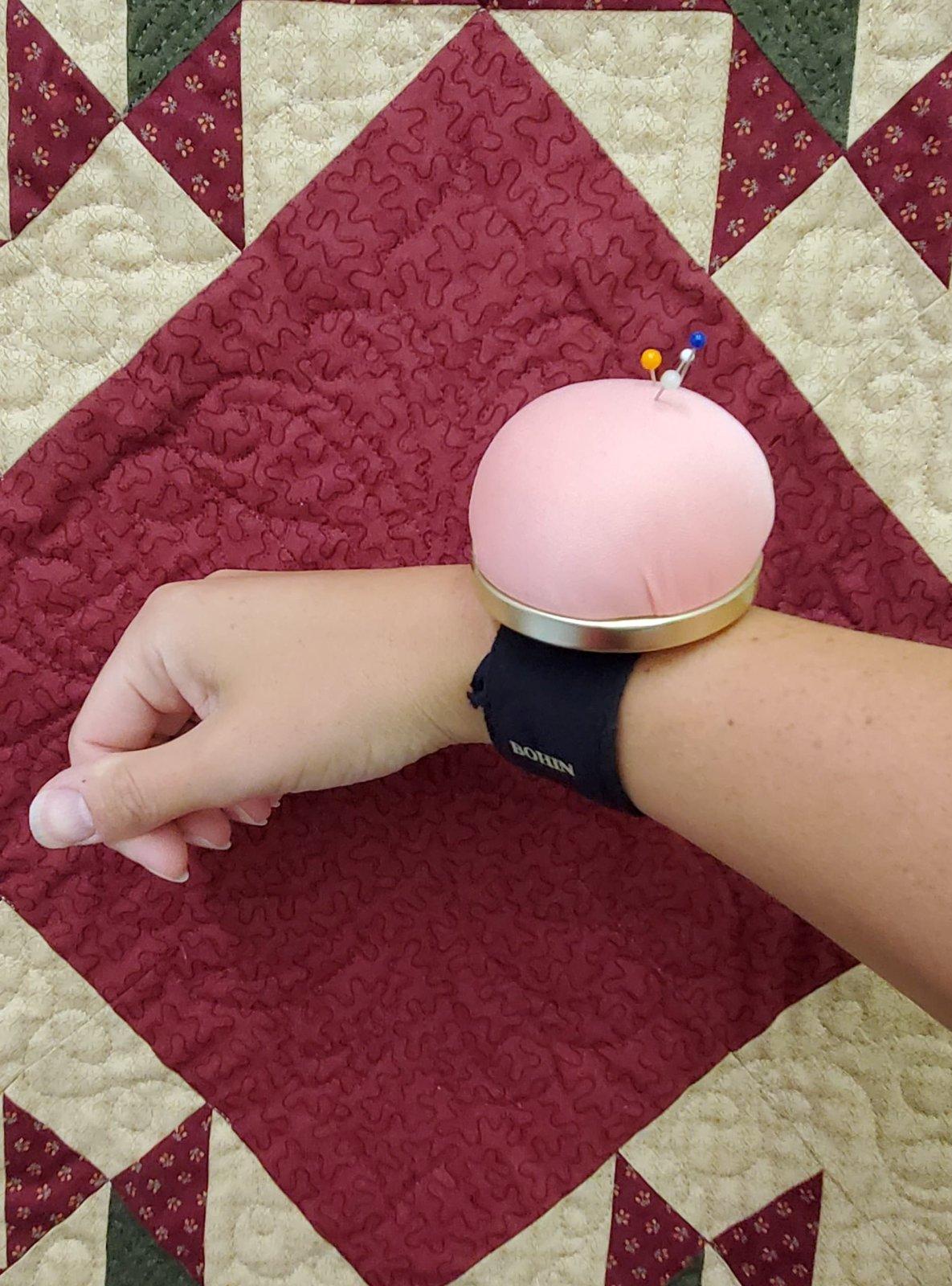 Bohin Pincushion Bracelet- Rose