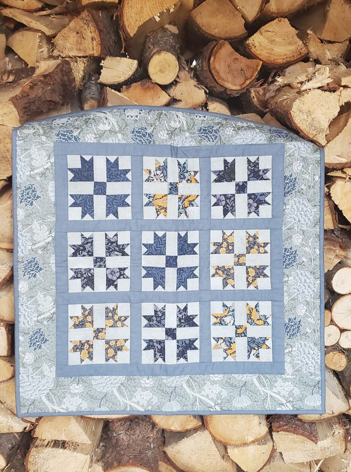 William Morris Table Topper - Store Sample