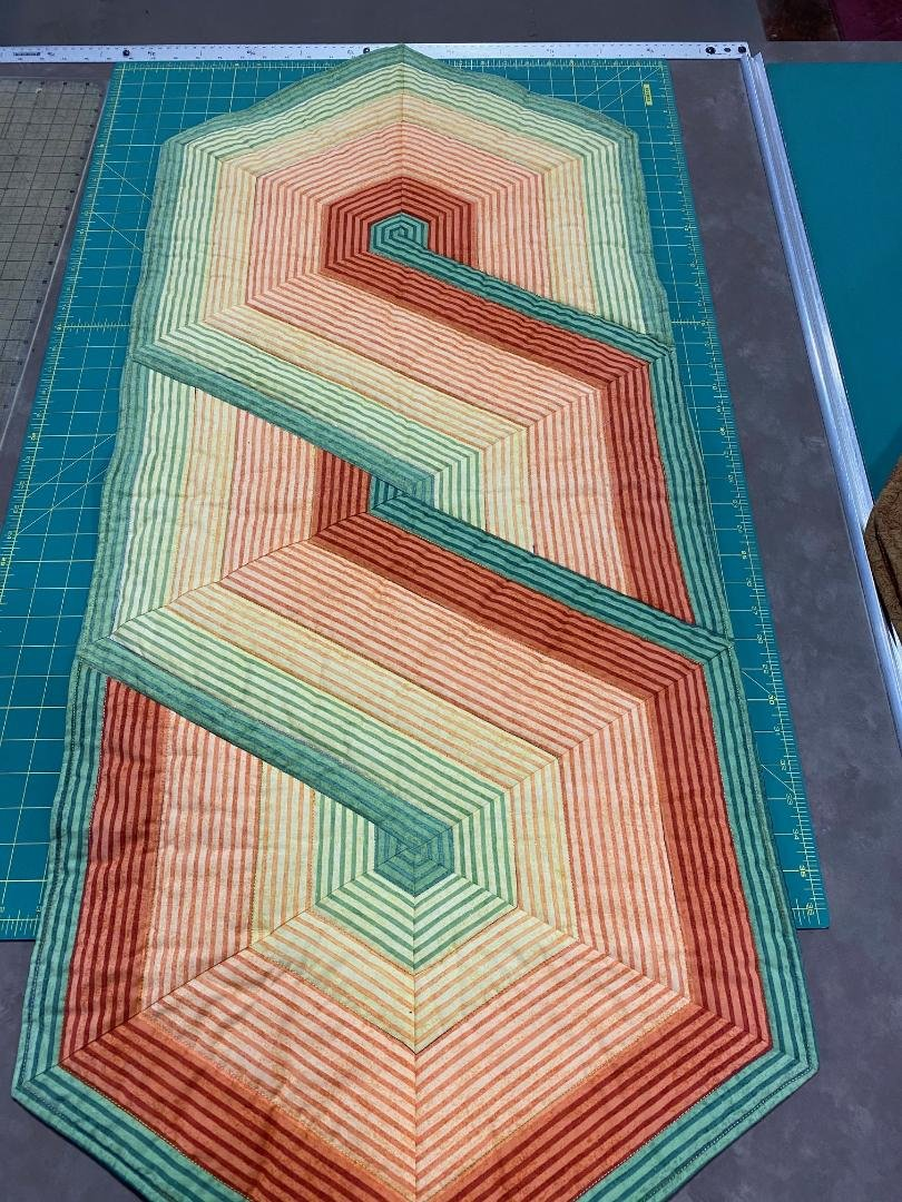 Overlap S,  60 deg. Striped Table Runner, 22x48