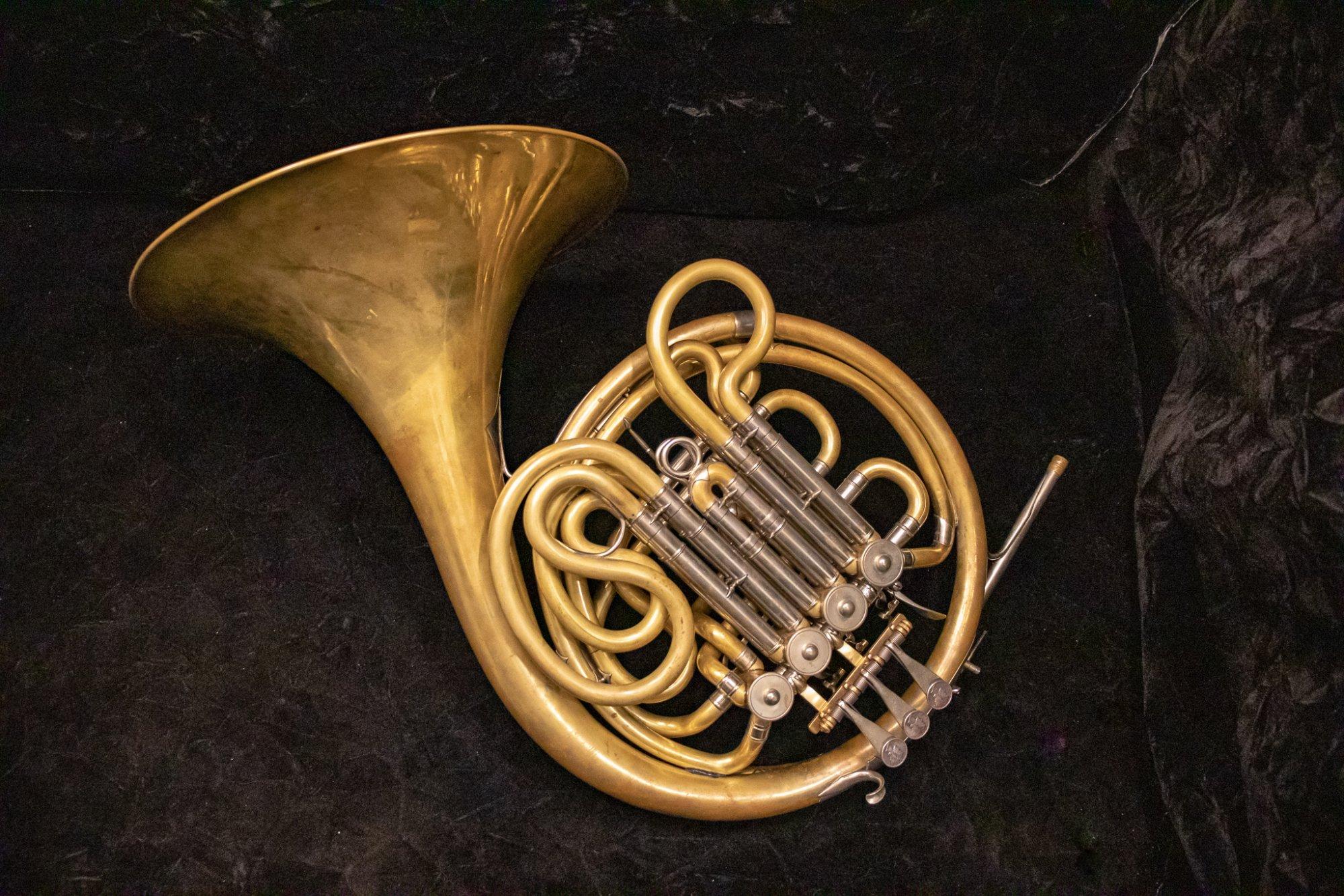 Monke French Horn