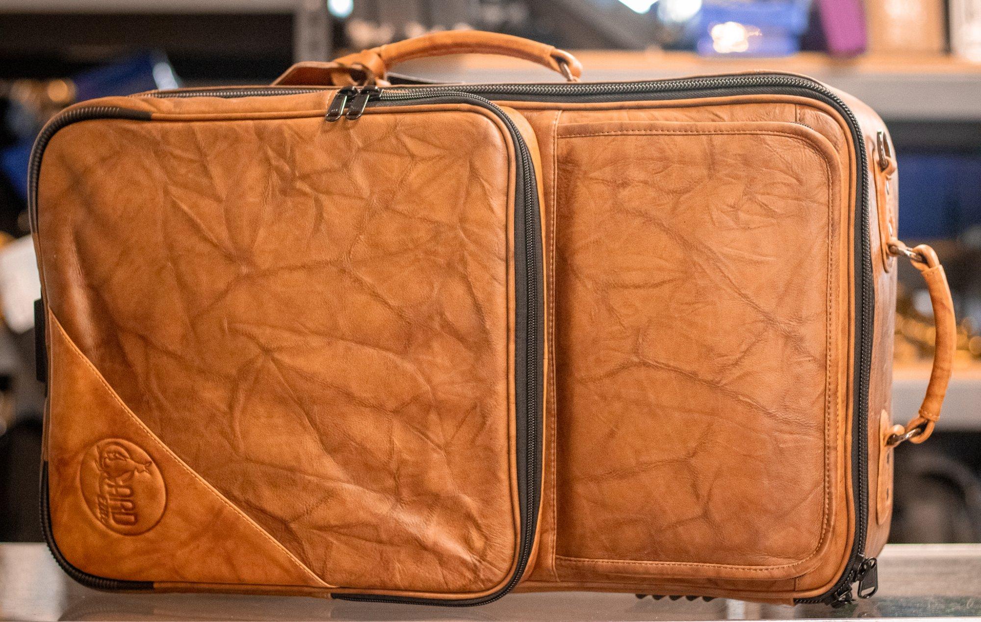 9-ECLN-LT GARD Elite - Compact Trumpet/Flugelhorn Gig Bag in Marbled Tan Leather