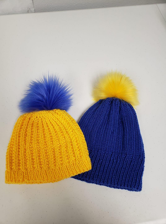 Winter Hat w/ Pom-Pom - Blue/Gold