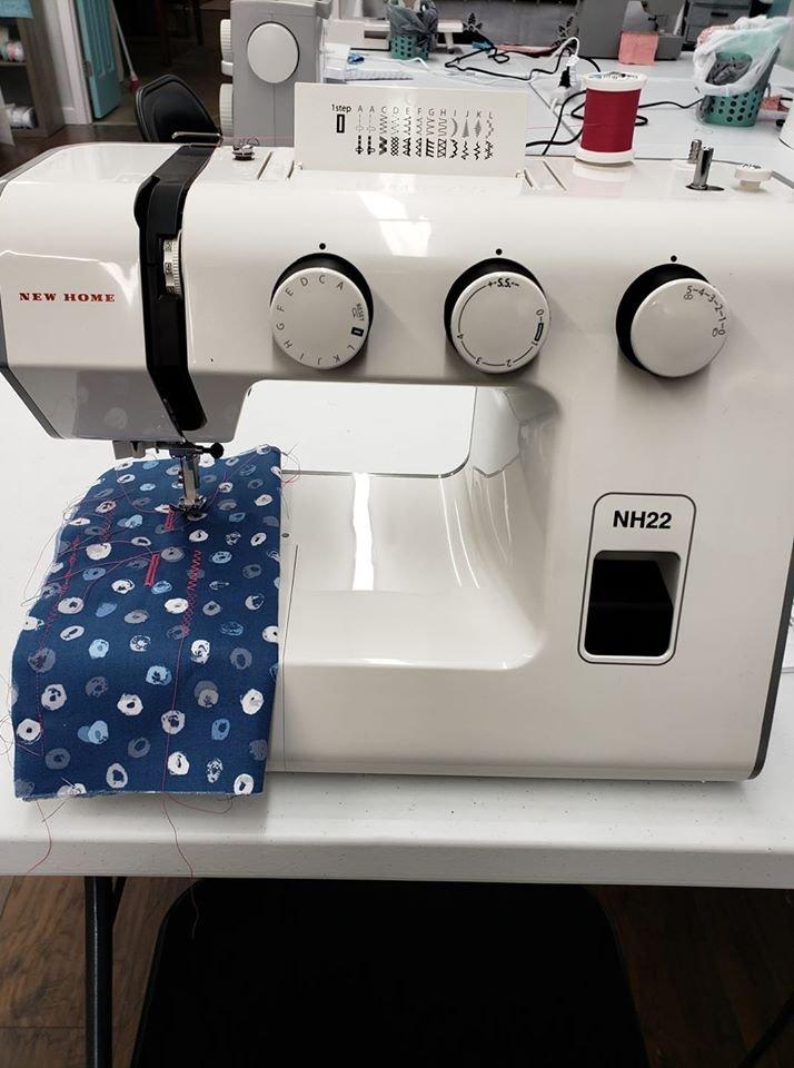 New Home Mechanical Sewing Machine - Model NH22