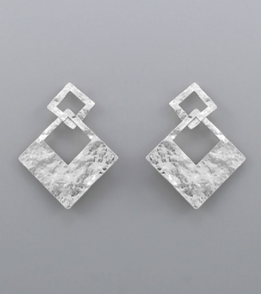 Hammered Square Link Earrings