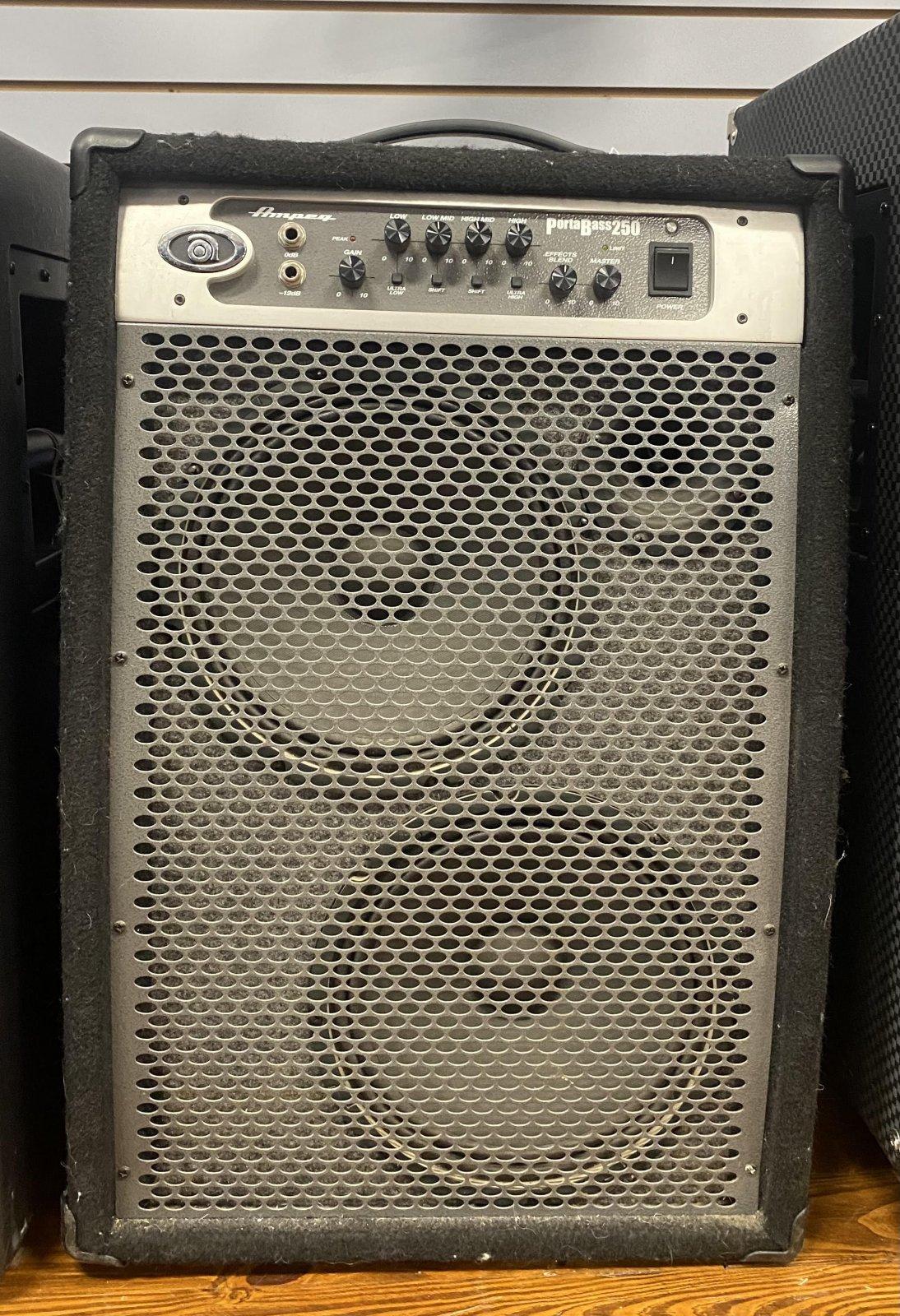 Used Ampeg PBC-2210
