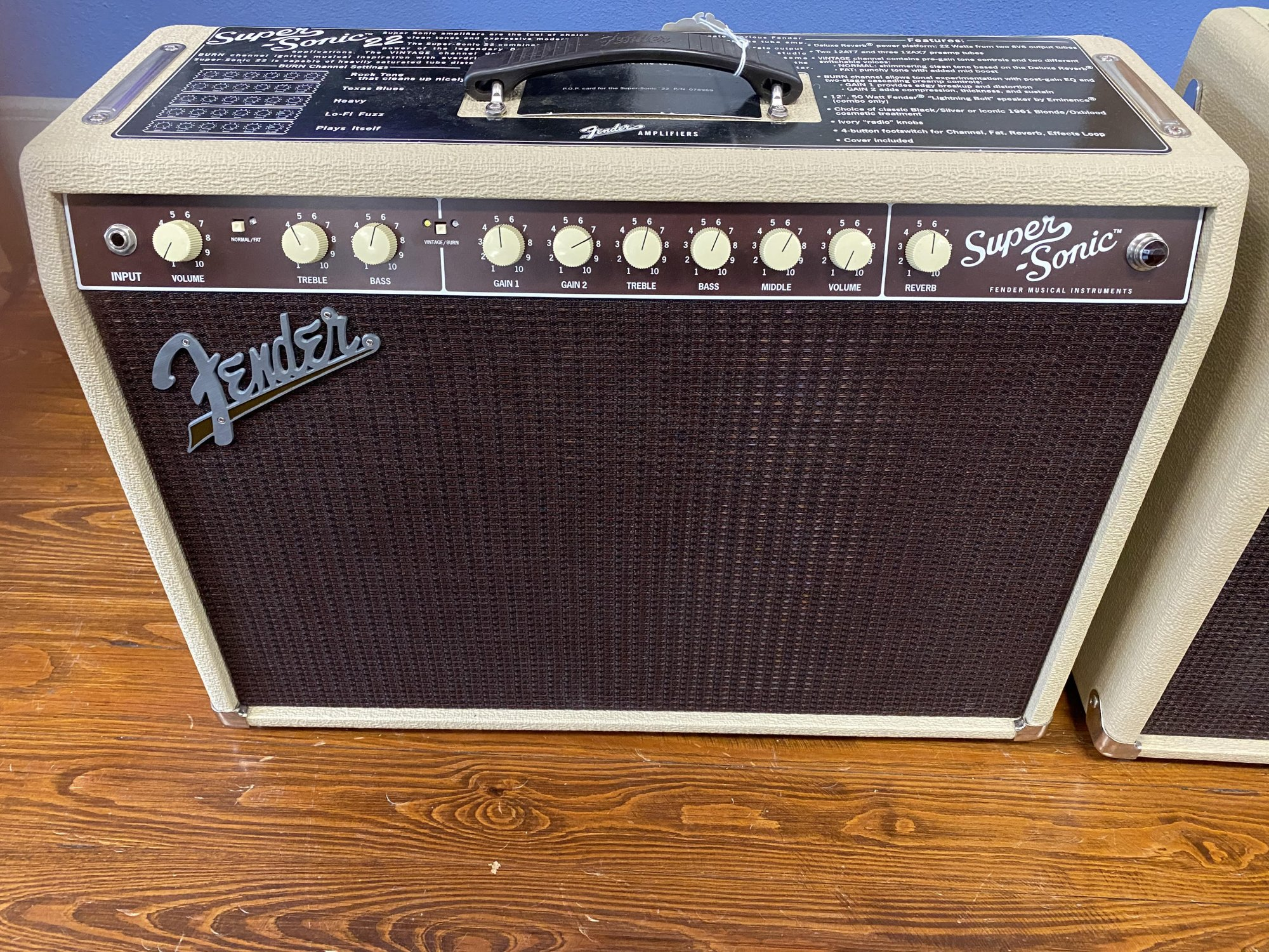Used Fender Supersonic 22 combo blonde