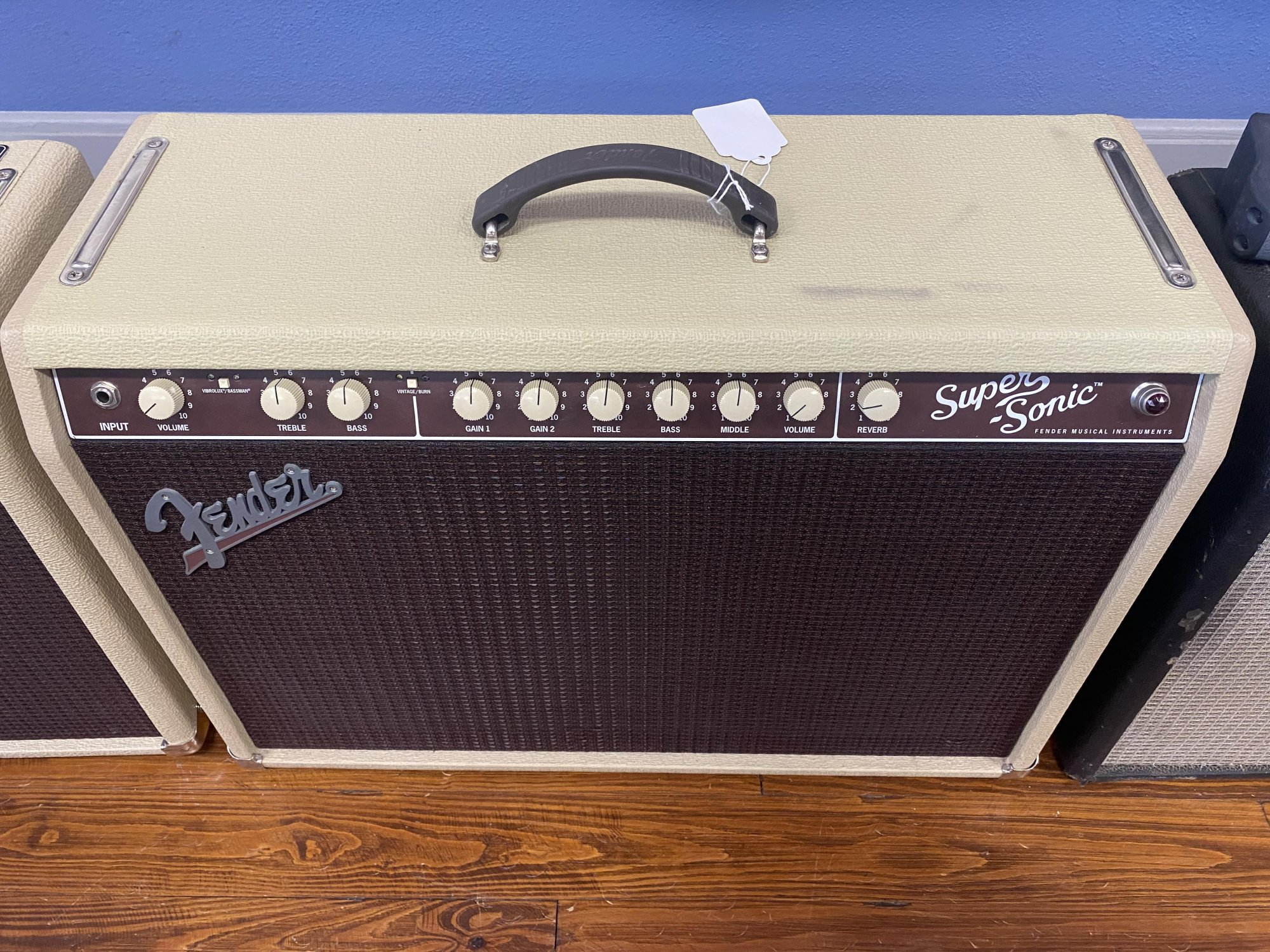 Used Fender Supersonic 60