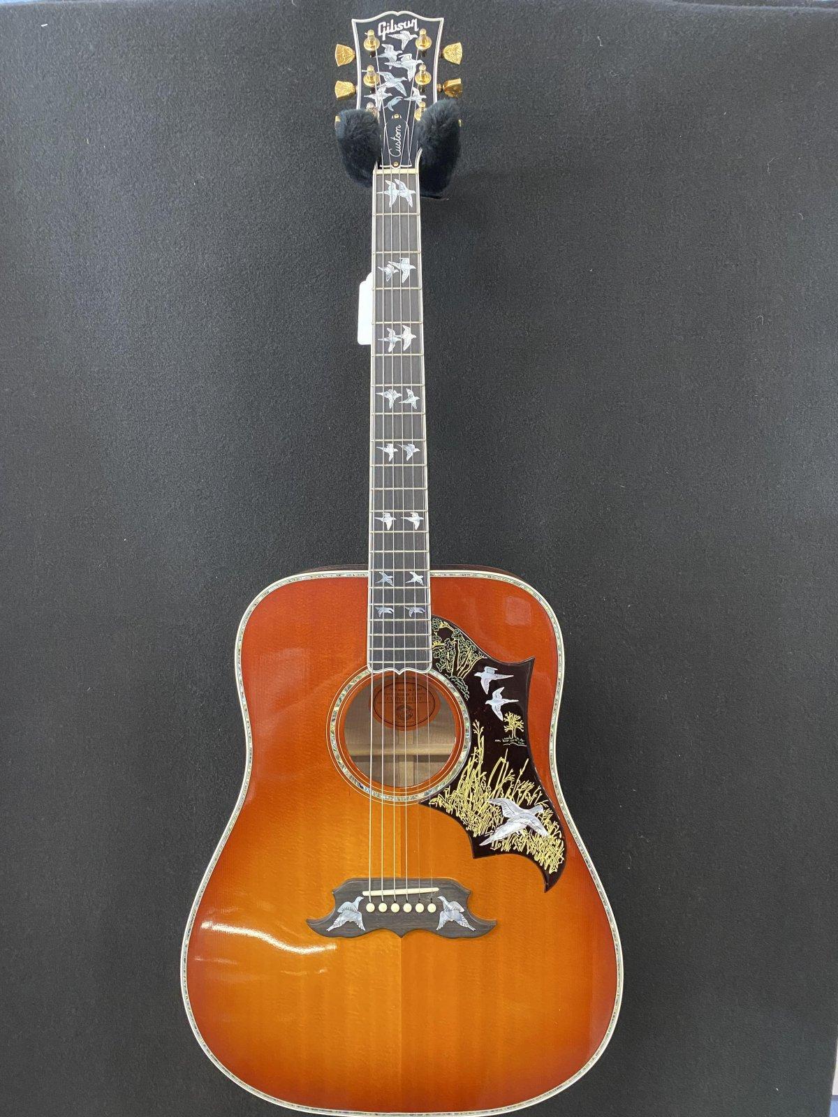 2001 Gibson Dove in Flight #76 of 250