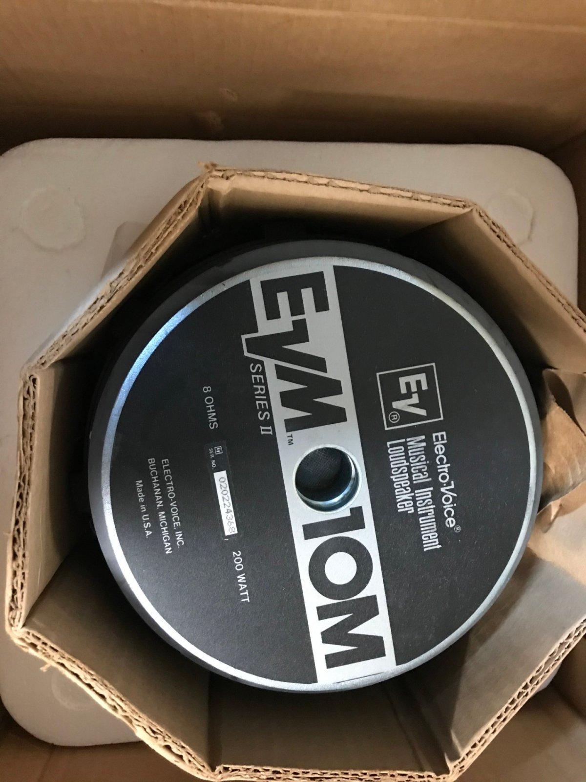 EVM 10M series II 8 ohm 200 watt