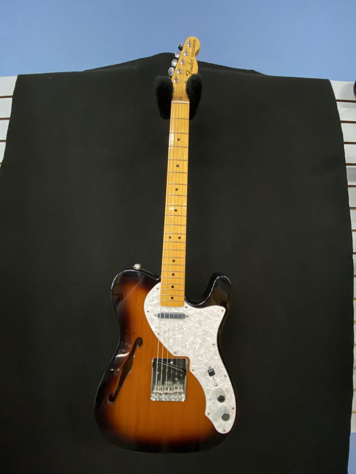 Fender Telecaster Thineline semi hollow