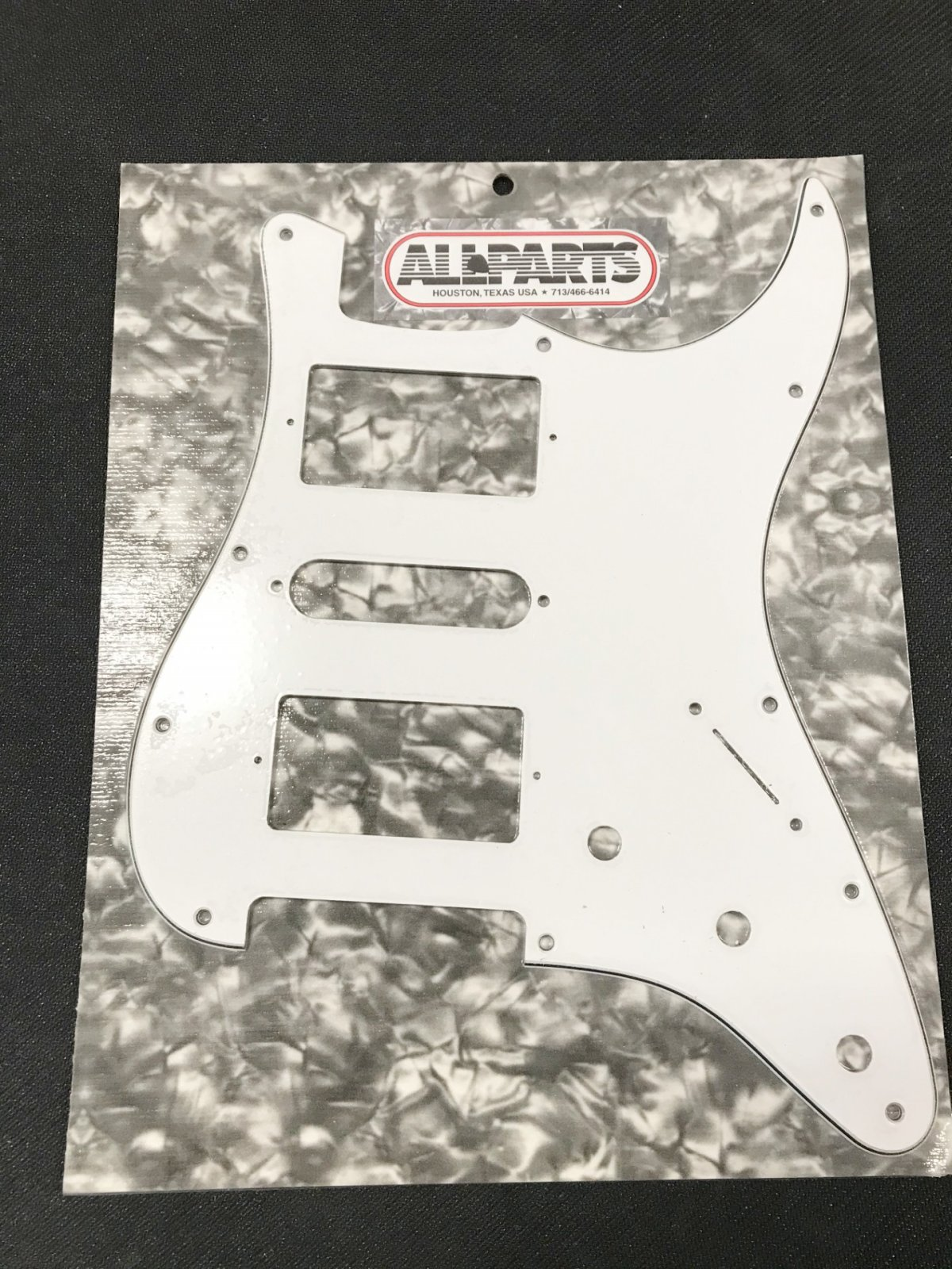 Pickguard 2 Humbuckers - 1 Single Coil for Stratocaster?, White 3-ply (11 screw holes)