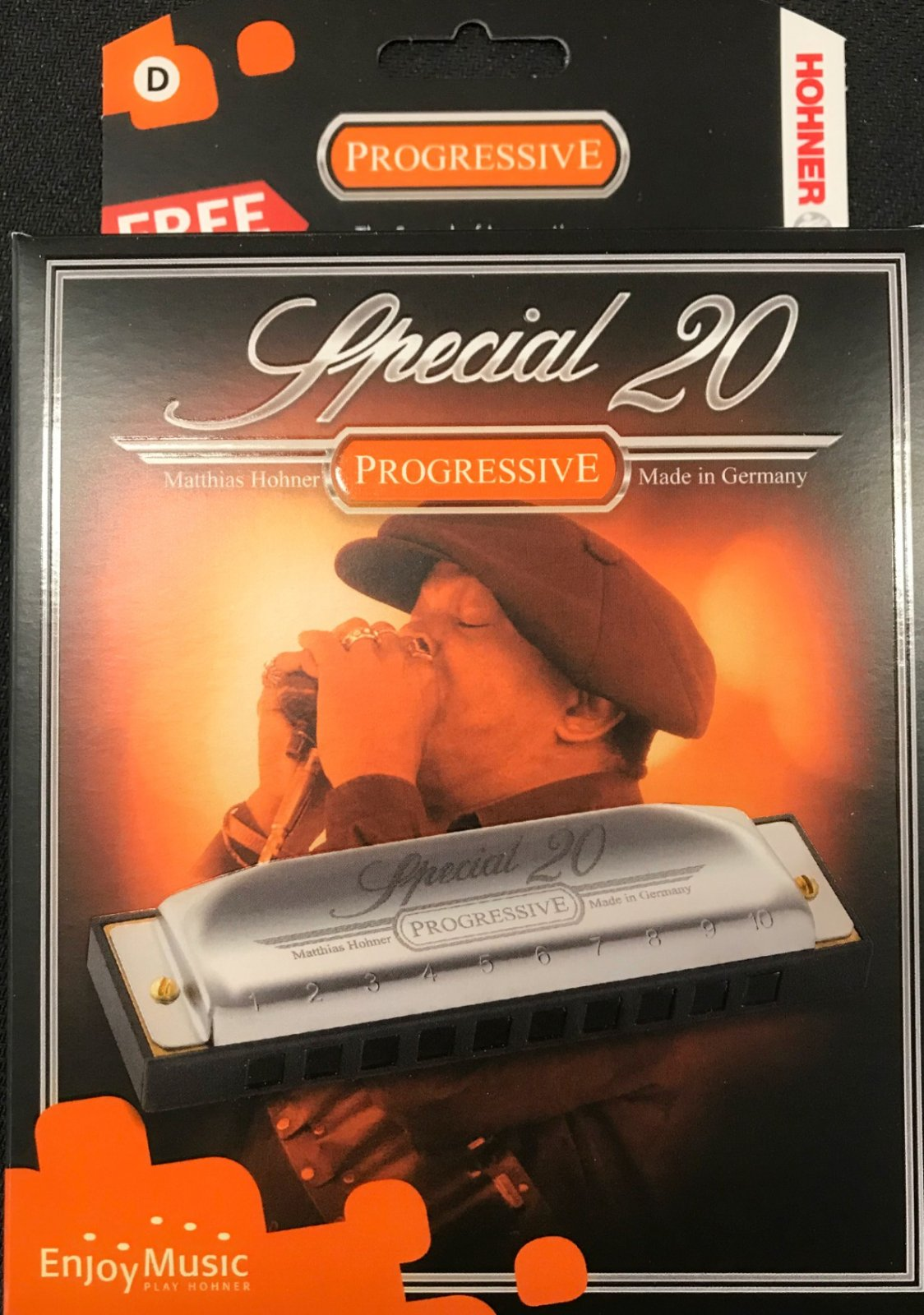 Hohner harmonica special 20 key D