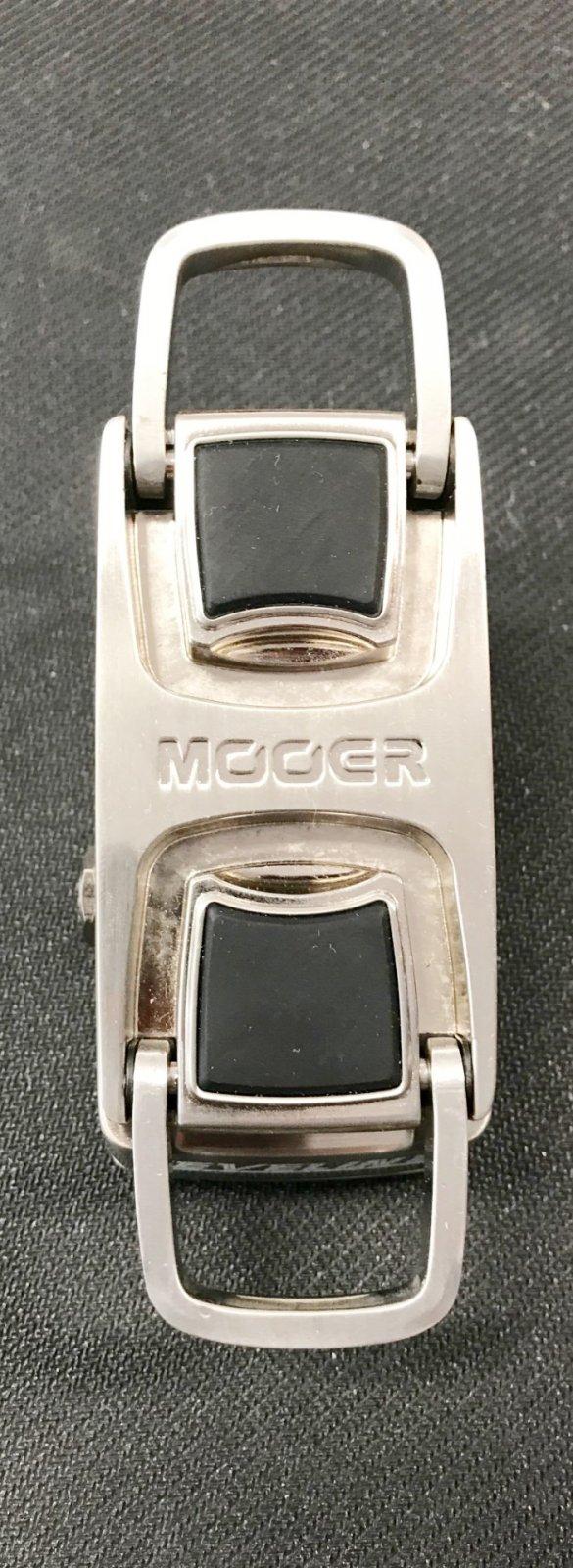 Used MOOER LEVELINE volume pedal