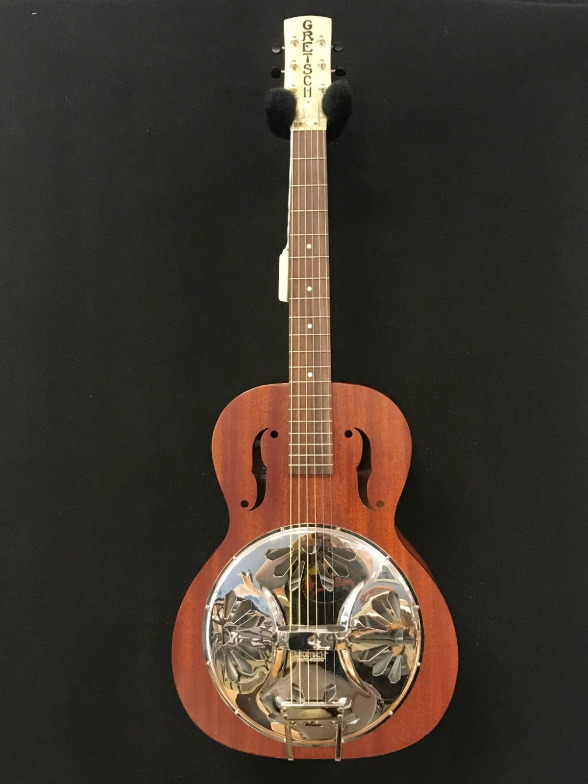 USED Gretsch G9200 Boxcar Round-Neck Resonator Guitar