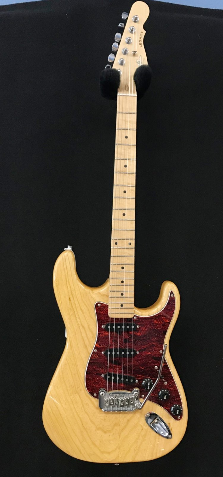 Used G&L tribute legcay